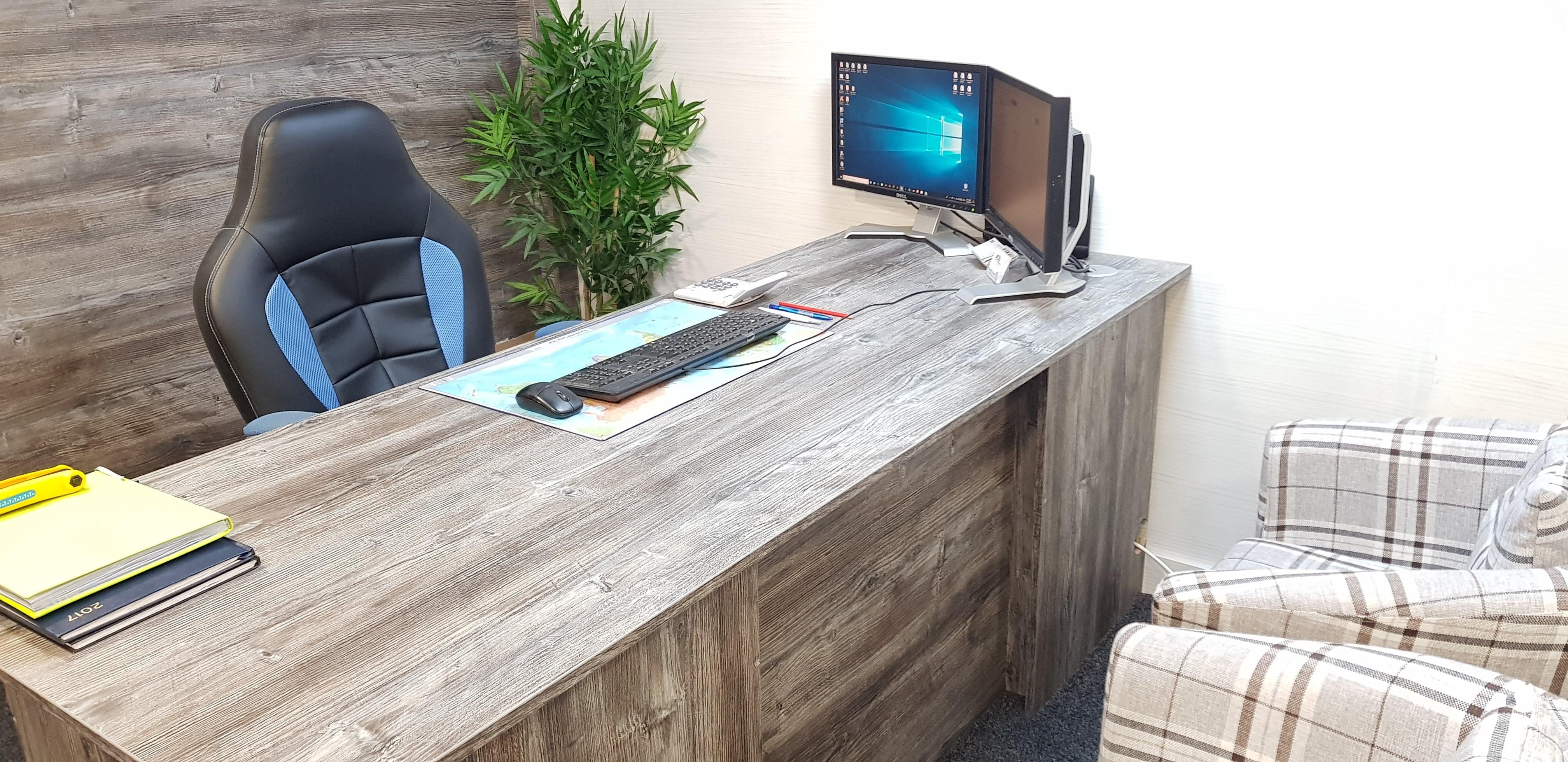 Office-Work-Desk